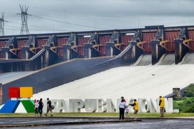 Turismo de Itaipu reduz atendimento neste domingo (7), dia de eleição