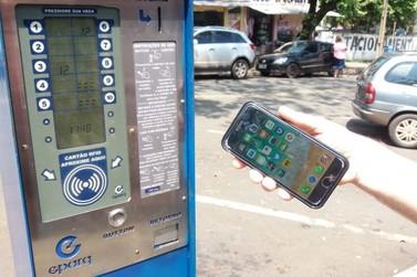 Vereadora propõe uso de aplicativo e pagamento de cartão de crédito na Zona Azul