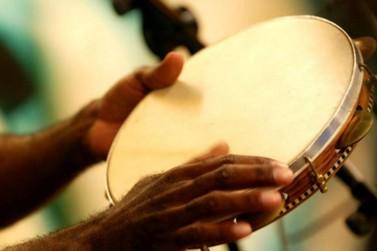 Show na Feirinha da JK vai celebrar o Dia Nacional do Samba neste domingo