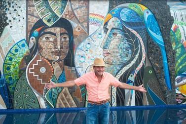 """Mural """"A Lenda das Cataratas"""" será ponto de encontro de moradores e turistas"""