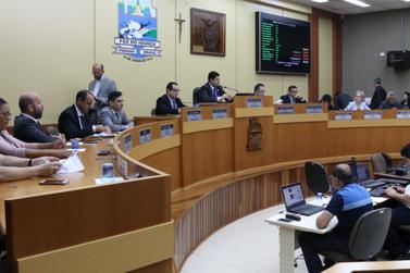 Vereadores de Foz garantem R$ 8,8 milhões em obras e serviços para a população