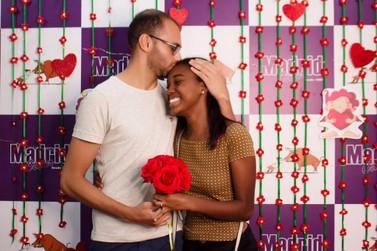 Casal ganha celulares de última geração durante o 'Valentine's Day' no Paraguai