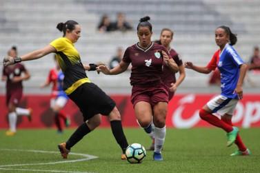 Foz Cataratas/Athletico vence amistoso alusivo ao Dia Internacional da Mulher