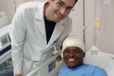 Hospital utiliza técnica inédita para moldar implante e reconstituir crânio