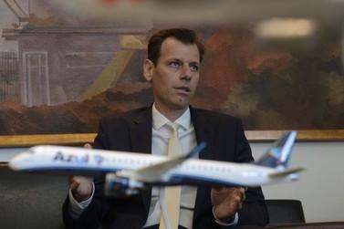 Em Foz do Iguaçu, secretário defende rever acordo que limita voos para Argentina