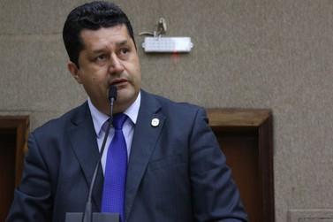 Prefeito indica Rogério Quadros como novo líder do governo na Câmara