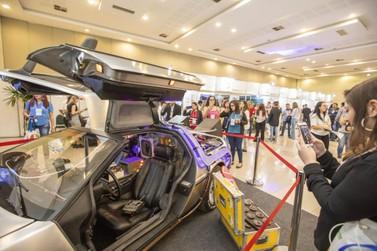 Carros mais famosos do cinema são sensação no Festival das Cataratas