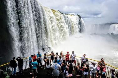 Com início de isenção de visto, Foz espera dobrar número de turistas dos EUA