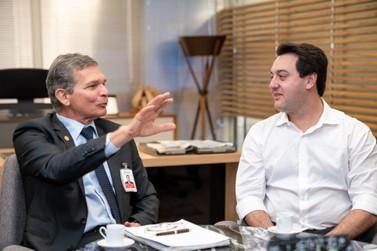 Na Itaipu, Ratinho Júnior conhece projetos e defende agenda positiva com a usina