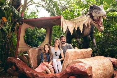 Visite o Vale dos Dinossauros, um passeio para toda a família neste feriado