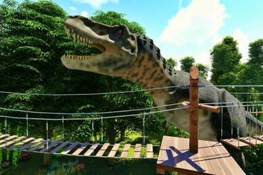 Arvorismo e tirolesa em meio aos dinossauros é a nova atração em Foz do Iguaçu