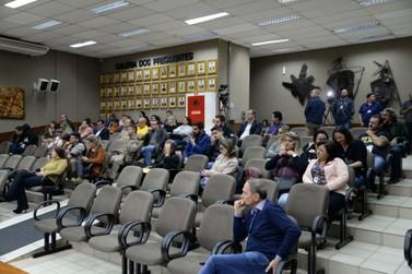Câmara aprova projeto que deve beneficiar 451 servidores de Foz do Iguaçu