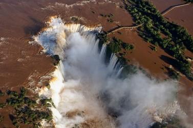 Parque Nacional do Iguaçu recebe mais estrangeiros após dispensa de visto
