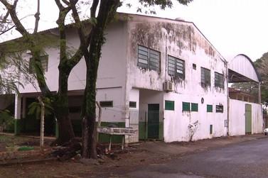 Prefeitura de Foz do Iguaçu paga R$ 45 mil em aluguel de prédio sem uso