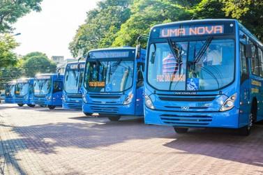 Implantação de ônibus com ar-condicionado em Foz do Iguaçu é tema de reunião