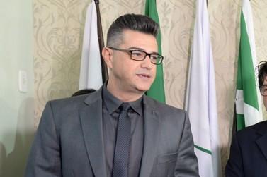 Luiz Queiroga é reconduzido ao cargo de vereador após determinação judicial
