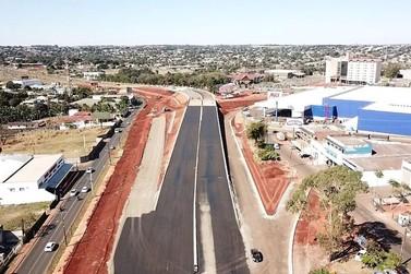 Obras do viaduto Lyrio Bertoli em Foz do Iguaçu atingem 70% de execução