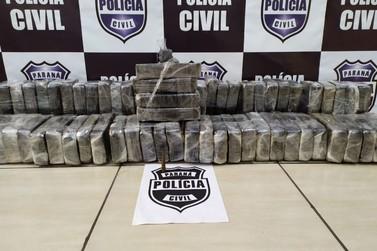 Polícia Civil apreende mais de 60 kg de crack em fundo falso de caminhão