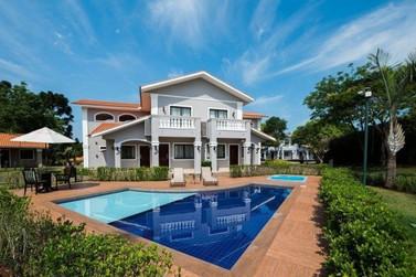 """Hotel de Foz do Iguaçu lidera premiações do """"oscar"""" do turismo mundial"""