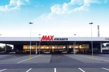 Max Atacadista comemora aniversário premiando clientes com vales-compra