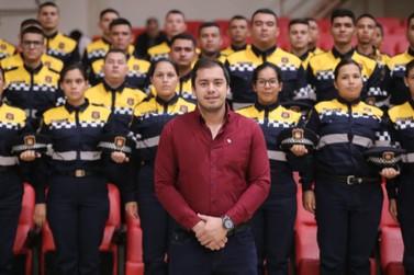 Prefeito Miguel Prieto apresenta 80 novos agentes de trânsito em Cidade do Leste