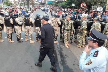 Protesto de policiais pode fechar a Ponte da Amizade nesta segunda-feira em CDE