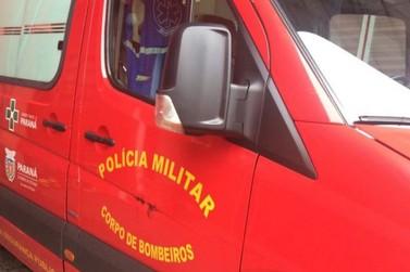 Equipamento falha e carro cai na perna de policial civil em Foz do Iguaçu