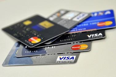 Polícia deflagra operação contra golpe do cartão de crédito clonado