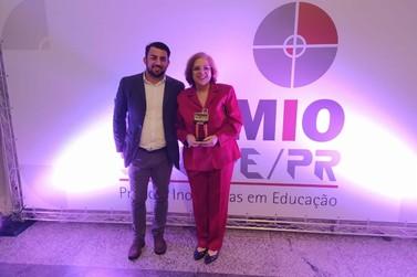 UniAmérica é premiada em Curitiba por boas práticas na educação no Prêmio Sinepe