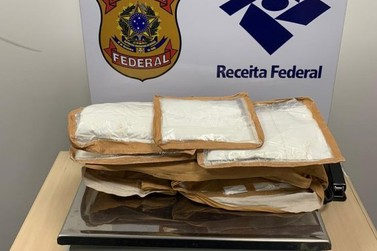 Jovem é preso com cocaína no Aeroporto Internacional de Foz do Iguaçu