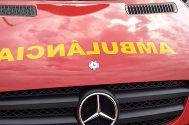 Taxista perde controle de carro e atropela três pessoas em Foz do Iguaçu