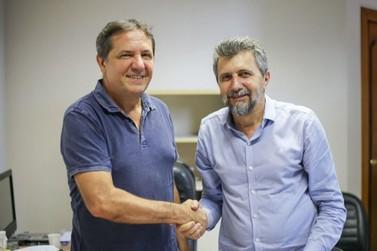 Chico sai de férias e Bobato assume o cargo de prefeito por duas semanas