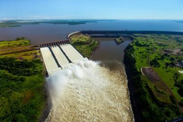 Produção da usina de Itaipu em 2019 daria para abastecer o mundo todo por um dia