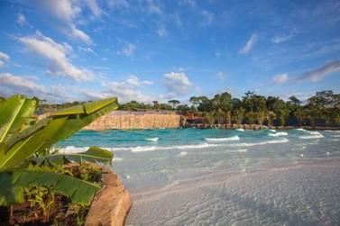 Temporada de Verão no Blue Park tem praia e muita aventura em Foz do Iguaçu