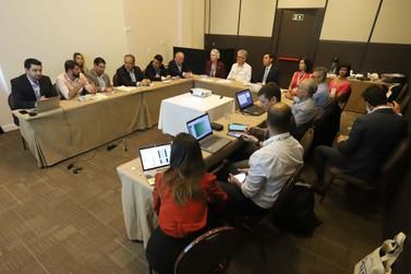 Em Foz do Iguaçu, Estados discutem enfrentamento ao Novo Coronavírus