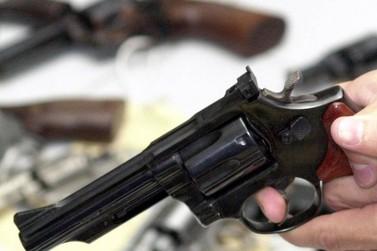 Em Foz do Iguaçu, homem leva tiro por ter 'curtido' postagens de mulher casada