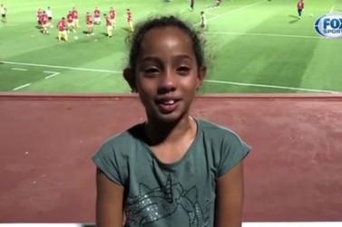 Iguaçuense torcedora do Corinthians ganha camisa do goleiro Cássio