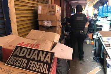 Receita Federal e Força Nacional estouram depósito de cigarros na Vila Portes