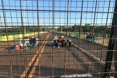 Com dois casos de coronavírus confirmados em Iguazú, Argentina fecha fronteira