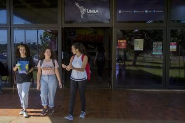 UNILA cria programa de auxílio emergencial para alunos ingressantes