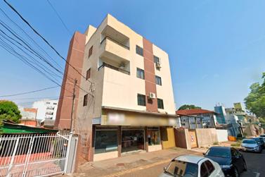 Criança de 11 anos morre após cair do 3º andar de prédio no centro de Foz
