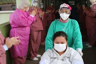 Dez pacientes recebem alta dos hospitais de Foz do Iguaçu no final de semana
