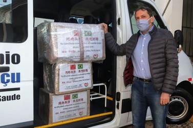 Foz do Iguaçu recebe doação de dez mil máscaras vindas de cidade chinesa