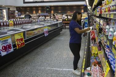 Sem pressão de consumo, cesta básica permaneceu estável em junho na fronteira
