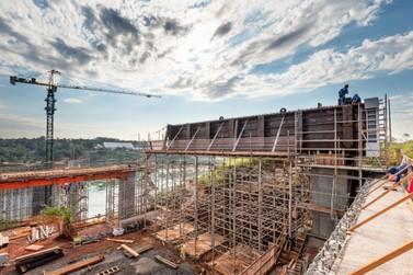 Em apenas um ano, 30% das obras da Ponte da Integração estão concluídos