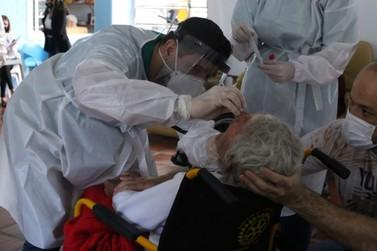 Saúde realiza testes para Covid-19 no Lar dos Velhinhos de Foz do Iguaçu