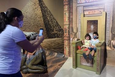 Famílias aproveitam a Semana dos Filhos nas atrações do Dreams Park Show