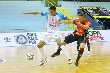 Foz Cataratas perde para o Joinville e se complica na Liga Nacional de Futsal