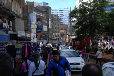Foz do Iguaçu não representa risco para CDE, diz diretora de Saúde no Paraguai