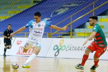 Na estreia do Paranaense da Série Ouro, Foz Cataratas Futsal vence o Toledo